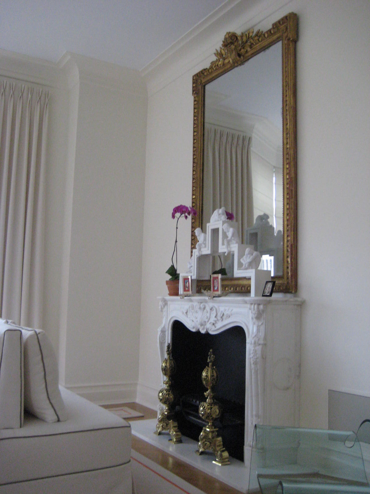 modern mirrors for living room on Modern Living Room With Classic Elegant  Mirror White Walls And Living
